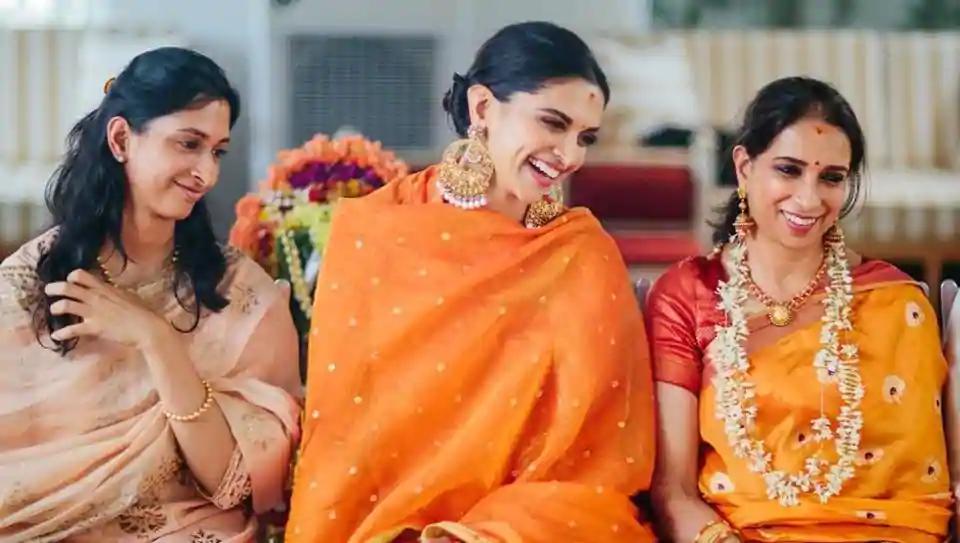 Deepika Padukone twins with mother Ujjala in bright orange ...