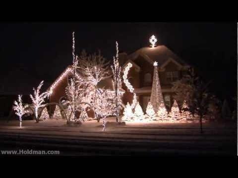 Check out our picks for the top 5 homes that combined the elements of lights  and music to create unforgettable Christmas light displays - Pin By Colleen Nelson On Christmas Lights Pinterest Christmas
