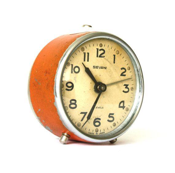 Vintage Alarm Clock Klok Wekker