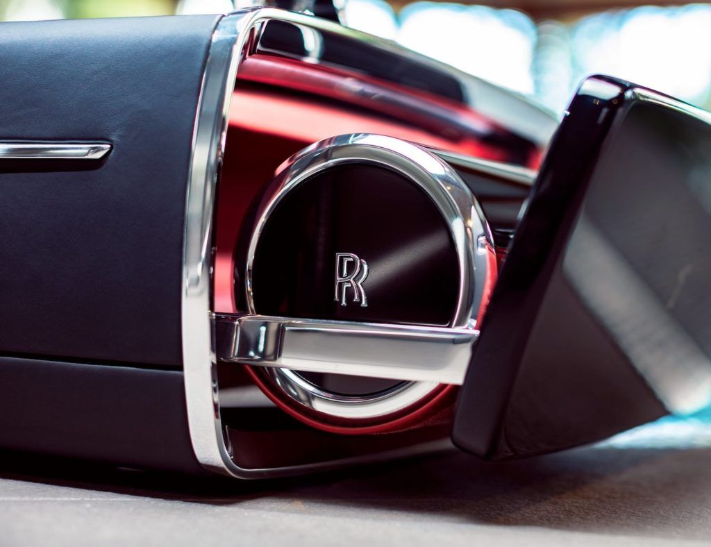 Rolls Royce Champagne Car Chest