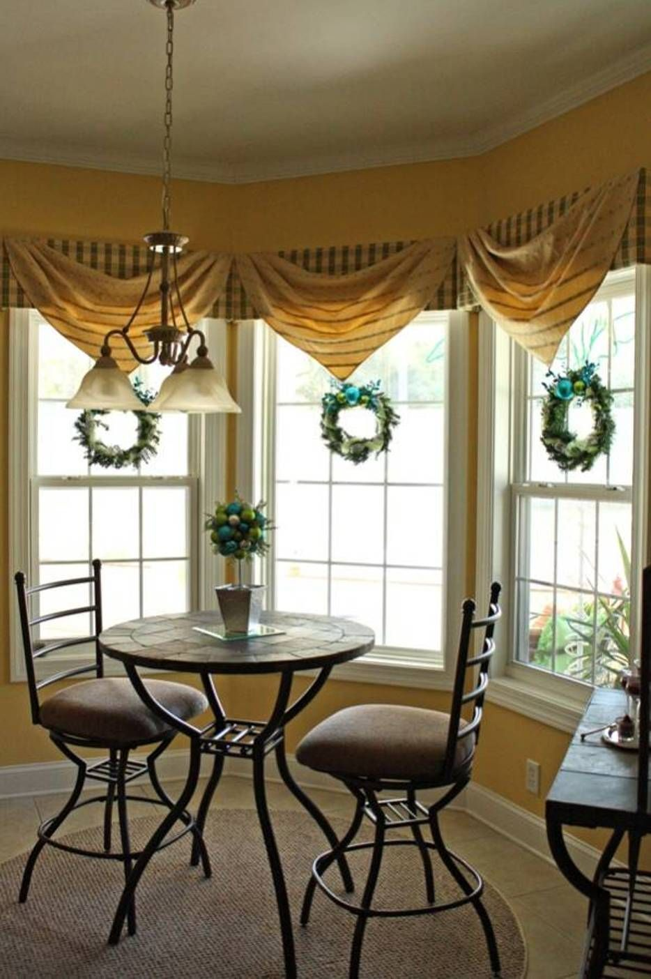 Home Design And Decor Best Window Treatments For Bay Windows Window Treatments For Bay Windows With Plaid Valances And Dining Room Makeover Home Decor Home