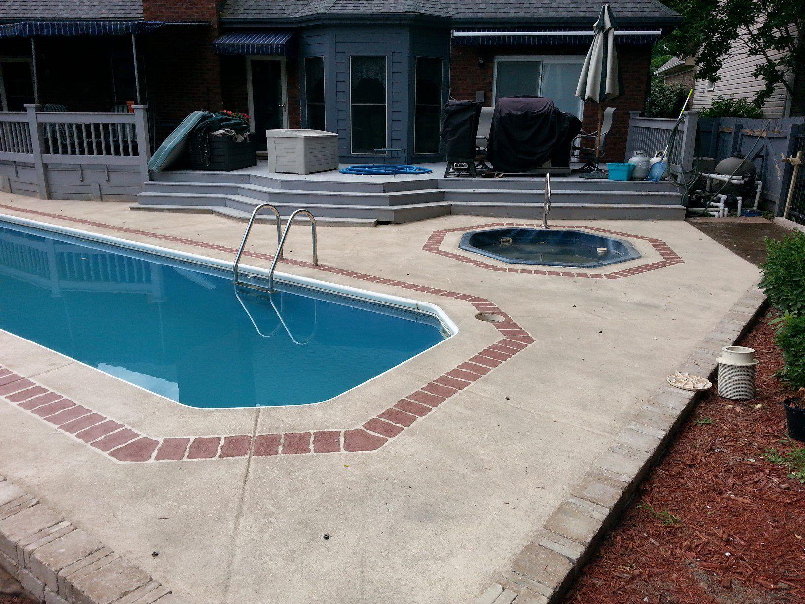 Charming Erkunde Pool Terrasse, Dekorativer Beton Und Noch Mehr! Maybe Add Stone  Inlay In Pool Outline