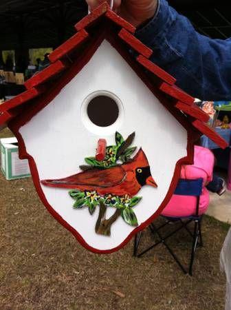 bird house .