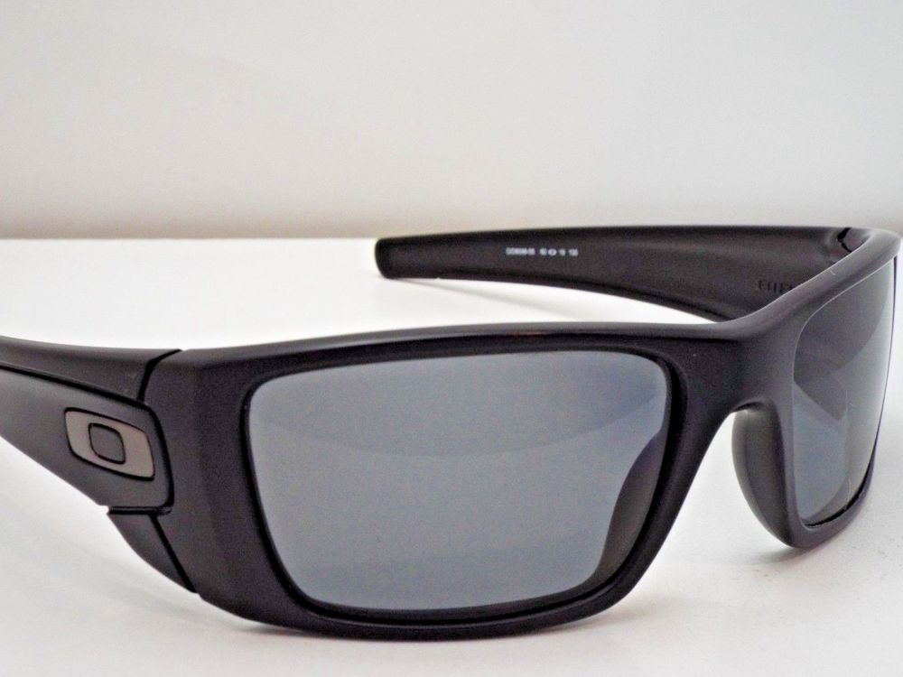 a283869ccc2 Authentic Oakley OO9096-05 Fuel Cell Matte Black Grey Polarized Sunglasses   215  fashion