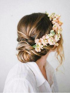 Tocados de flores para el pelo Pinterest Recogidos Coronas y Flores