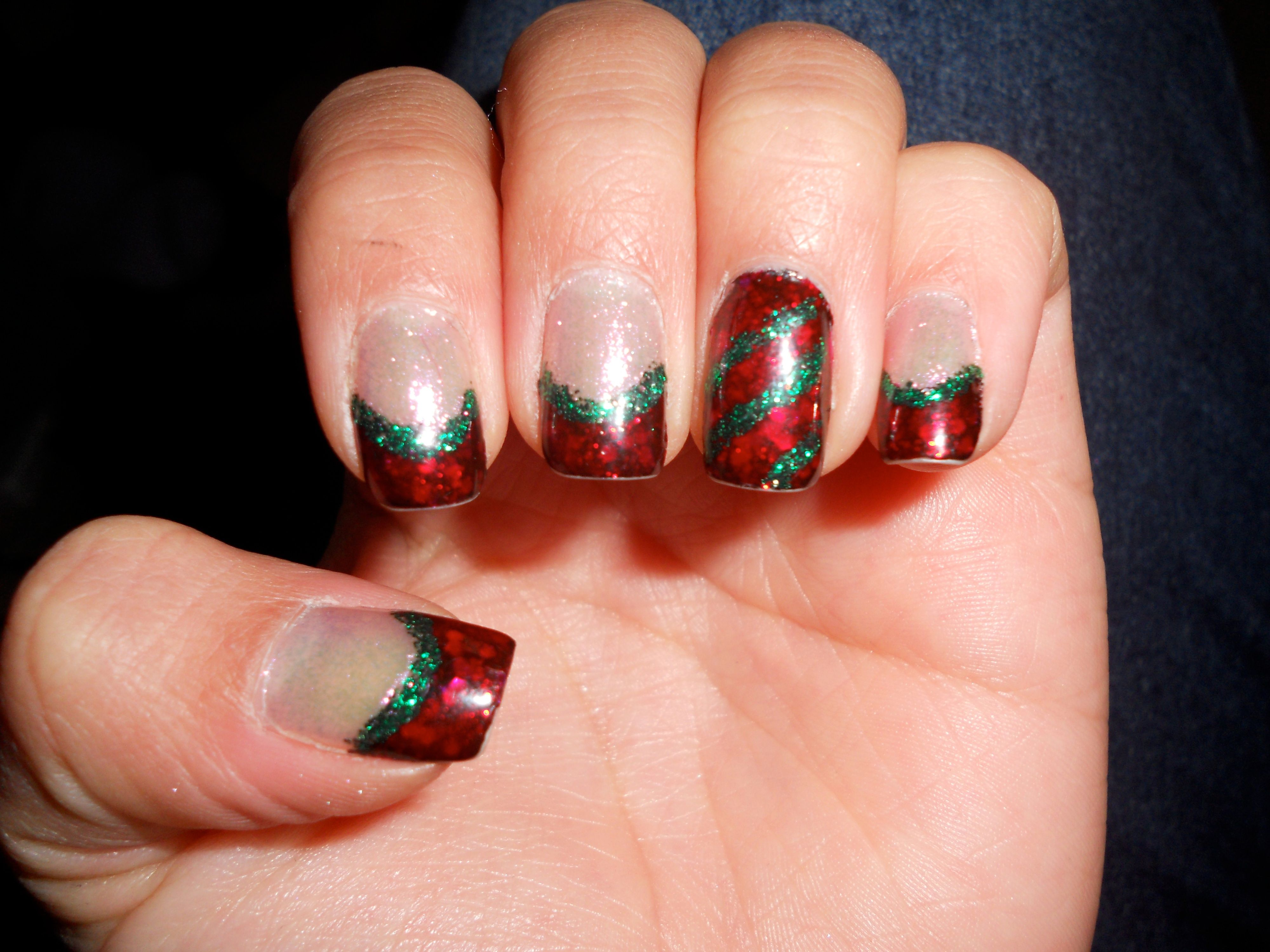 Red and green French tip Christmas nails | My nail art | Pinterest ...
