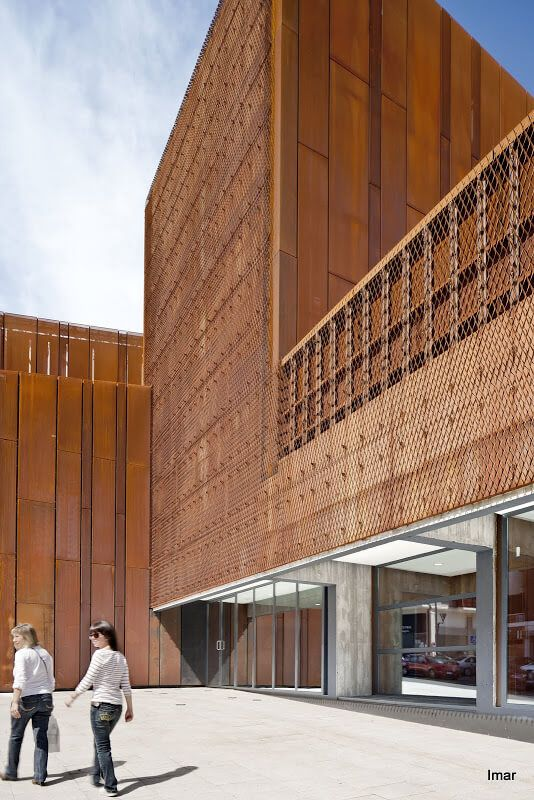 oke expanded and perforated corten steel fritted perforated and expanded double skin facade. Black Bedroom Furniture Sets. Home Design Ideas