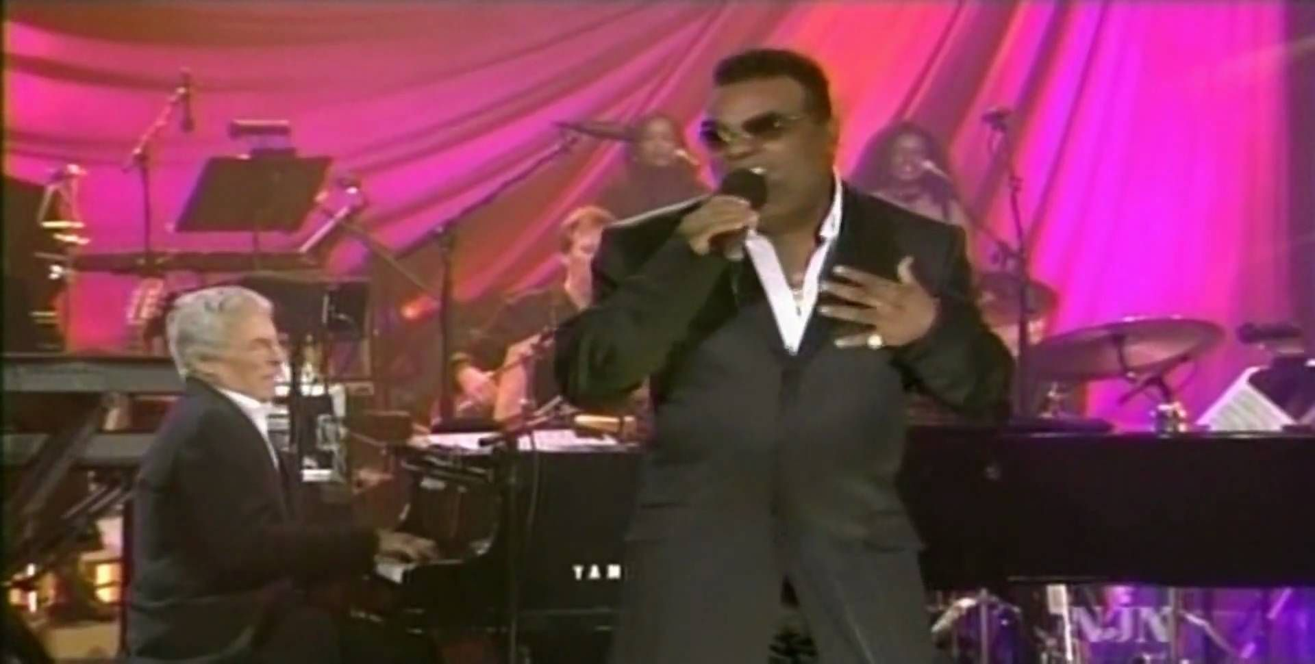 """Ronald Isley & Burt Bacharach - """"This Guy's in Love with You"""" - Soundstage, July, 2004"""