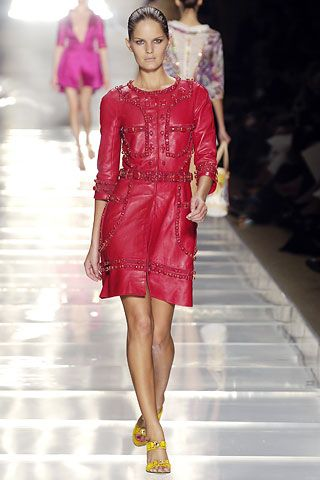 Louis Vuitton spring 2006 ready to wear collection.