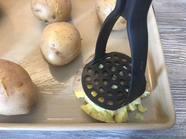 Kartoffeln zerdrückt auf dem Ofenzauberer #kartoffelnofen