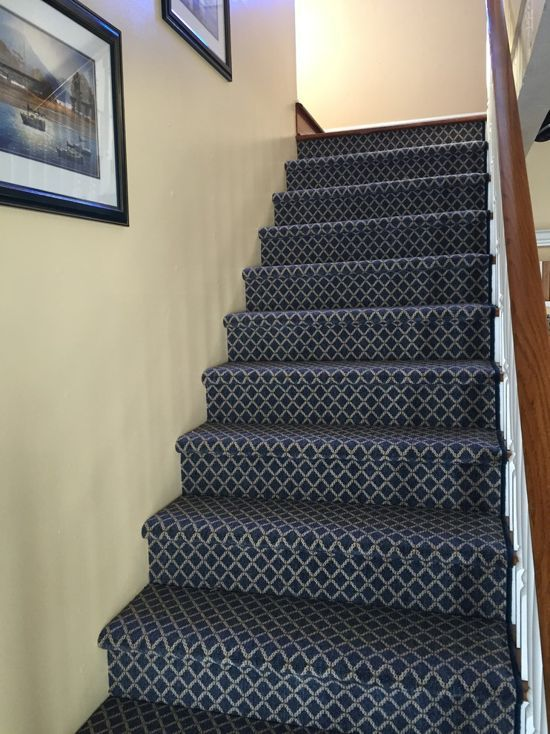 Best The Carpet On This Staircase Is Unique In The Fact That It 640 x 480