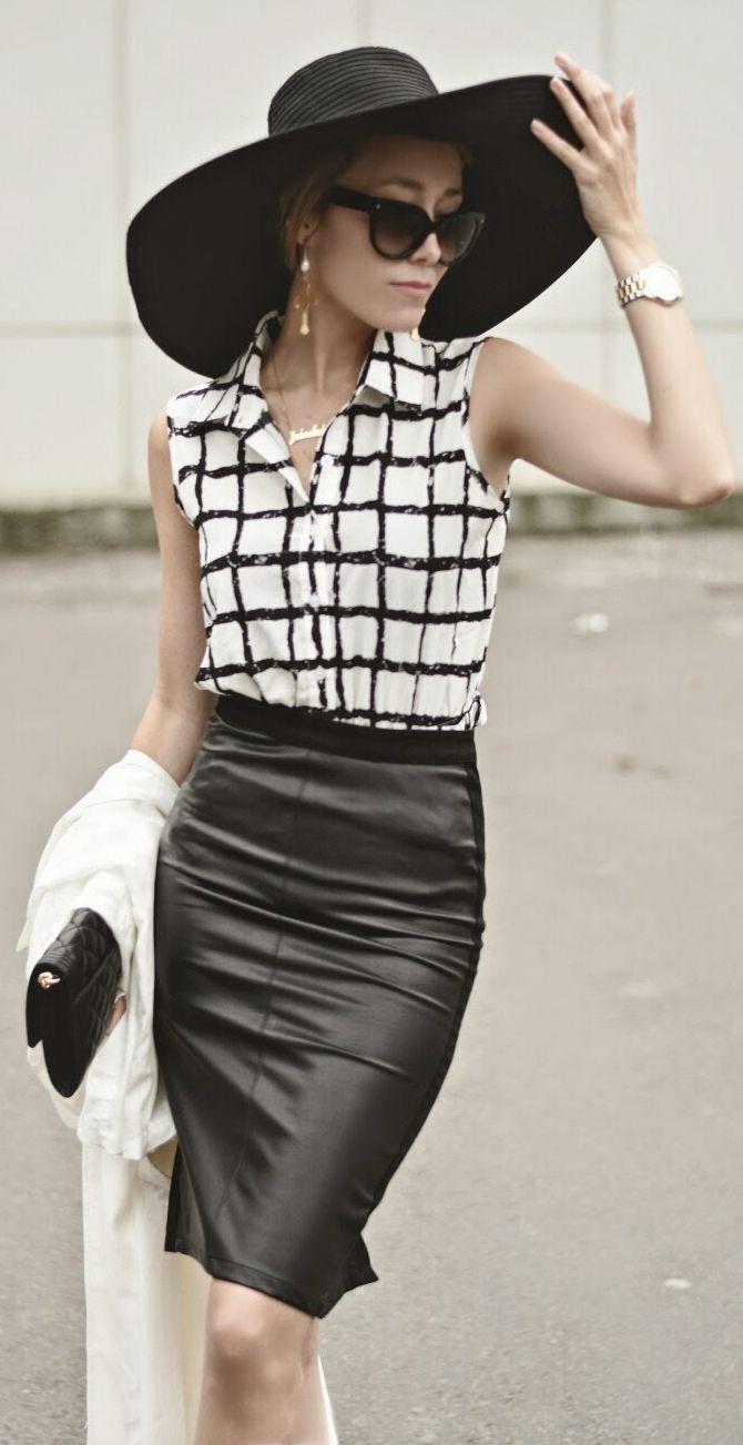Black And White Windowpane Sleeveless Button Down by J'adore Fashion