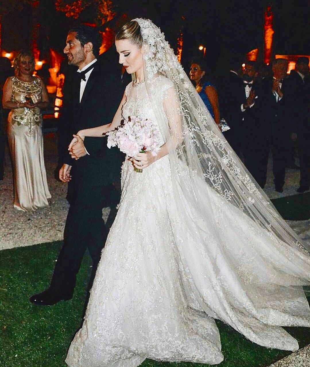 Pin By Maria Hernandez On Pictures Wedding Gowns Wedding