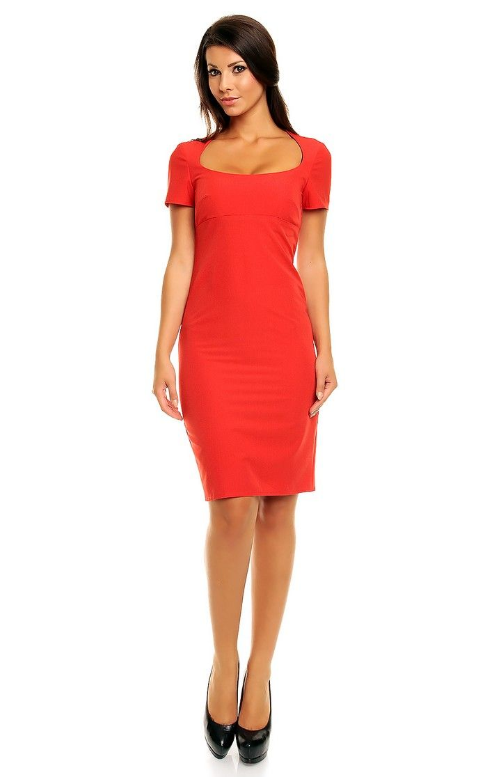 Robe rouge petites manches