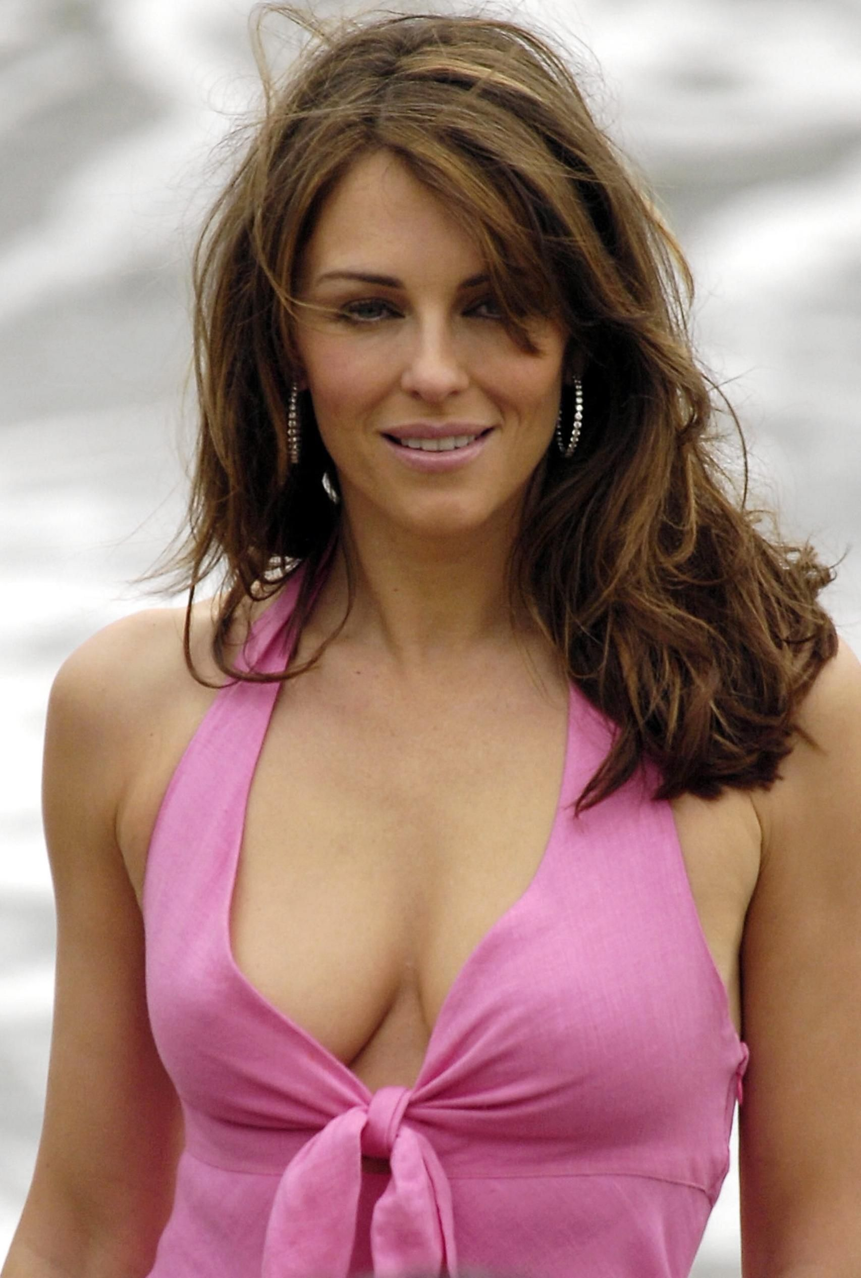 Celebrites Elizabeth Hurley nudes (87 photo), Topless, Bikini, Instagram, in bikini 2019