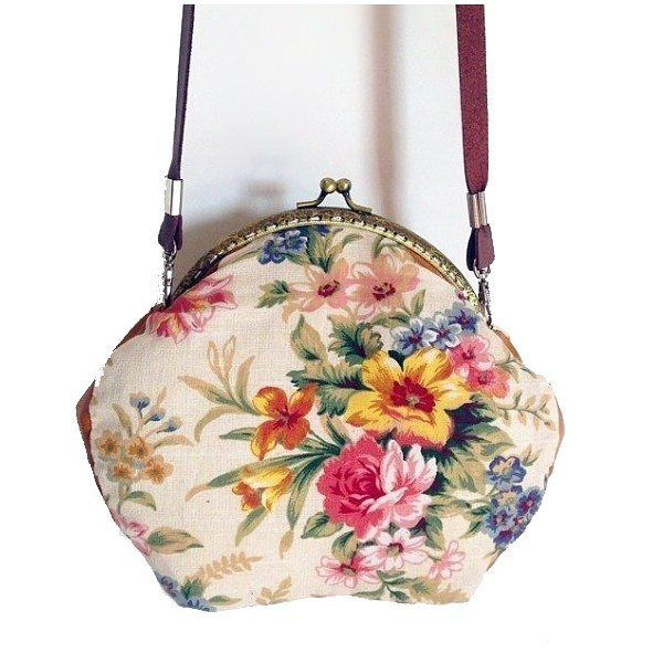Bolso Gardenia hecho a mano visita www.myleov.es #bolso #bolsos #bolsoboquilla #retro #flores #tiendaonline #patch #myleov #my #loves #shop #shopping #shophandmade