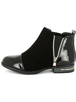 340e77e4ddcba Zapatos - Botines negros de piel sintética de charol - Kiabi