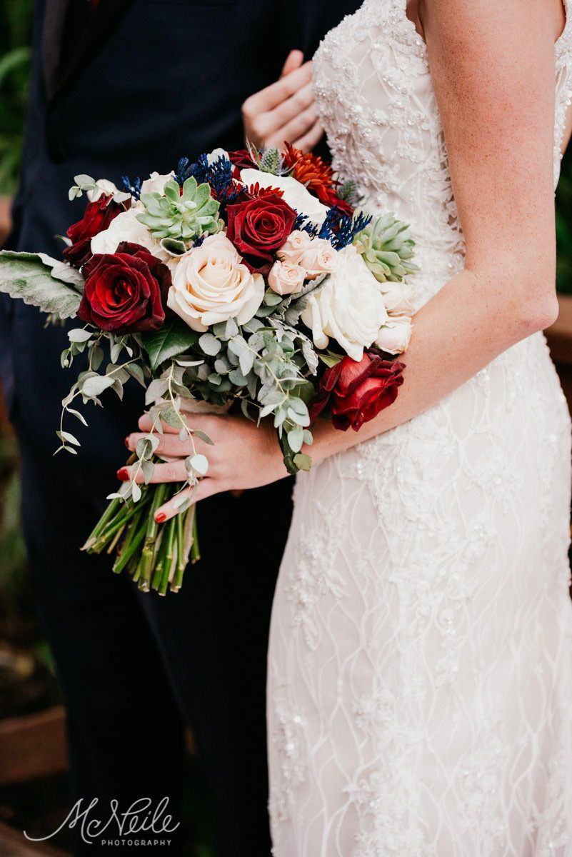Sarah Jakob S Earthy And Enchanted Wedding Cross Creek Ranch Fl Red Bouquet Wedding Red Wedding Flowers Red Rose Bouquet Wedding [ 1200 x 801 Pixel ]
