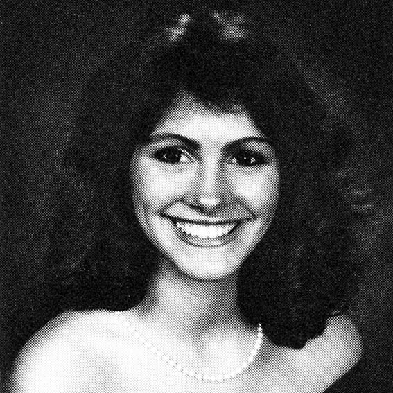 When They Were Teens Check Out Of Our Favorite Celebrity - 20 funny celebrity yearbook photos