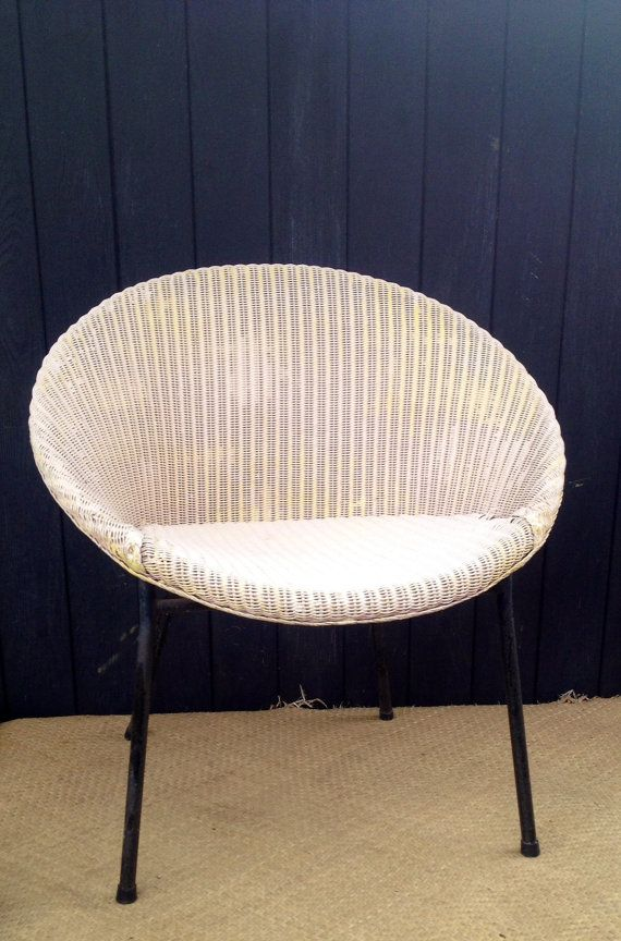 Vintage 1950s Lloyd Loom White Bucket Chair With Metal