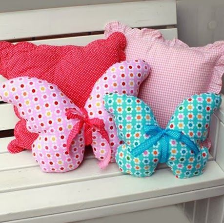 Kelebek şeklinde Yastık Modeli Dekoratif Yastıklar