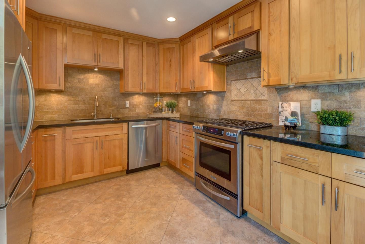 Incredible Opportunity This Home Is Easily The Best Deal In The Cambrian Willow Glen Area 1623 Babero Avenue S Kitchen Aid Appliances Recessed Lighting Home