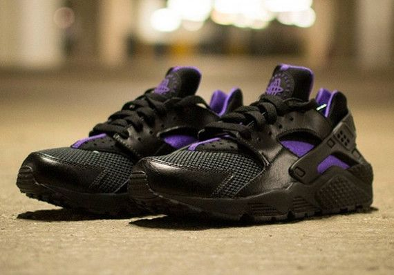 nike huarache black and purple