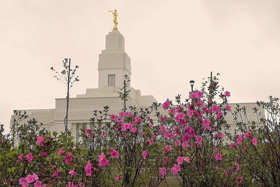 Quetzaltenango Guatemala Mormon Temple :)  We love Temples at: www.MormonFavorites.com