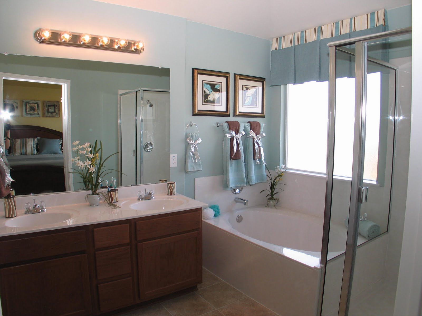 Big master bathroom ideas - Spa Bathroom Vanity Design Ideas