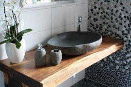 Photo of Piano lavabo realizzato in legno riciclato :: TILE UNCLE