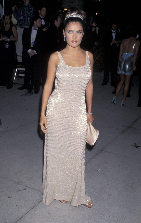Image Result For Salma Hayek Oscars 1997 Oscars Red Carpet Dresses Oscar Dresses Red Carpet Dresses