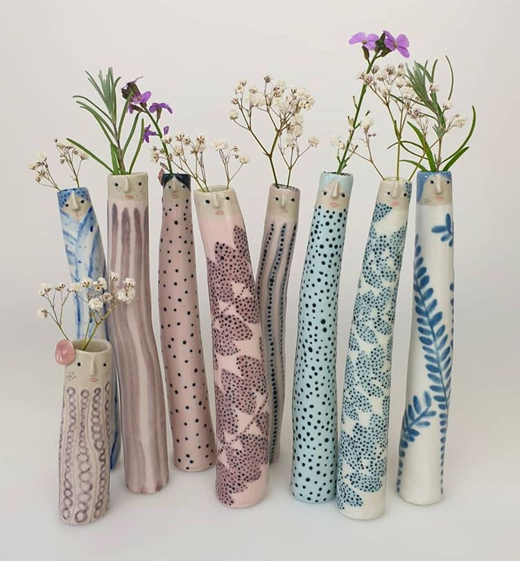 @helloplantlady , this is the cutest vases we've seen for awhile. Image by @thepotteryparade . #art #etsyshop #etsyseller #etsysellersofinstagram #ceramicpottery