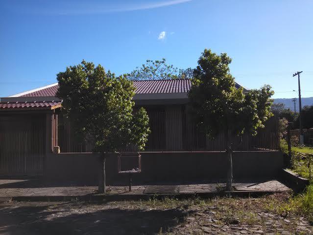 Compre Casa com 3 Quartos e 190 m² por R$ 370.000 em Sete de Setembro - Sapiranga - RS. Fale com Imobiliaria Big House.