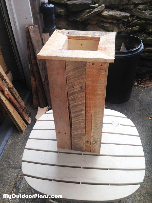 Diy Tall Planter Pallet Planter Box Pallet Planter Planter Boxes