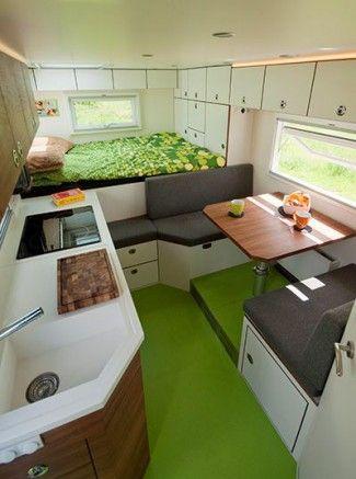 L\'intérieur d\'un camping-car récent | Vans | Pinterest | Camping ...