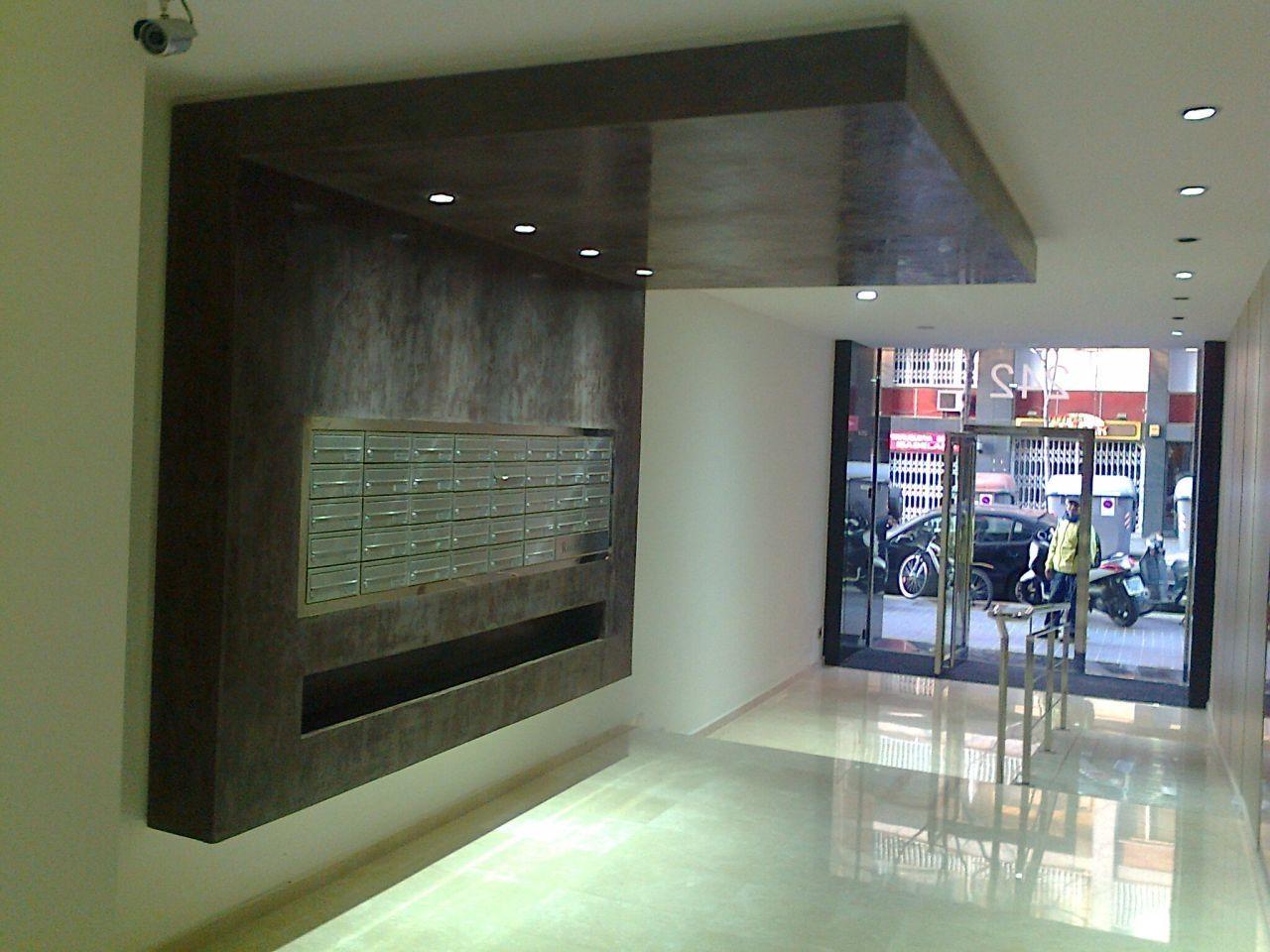 Titulo del slide hall edificios pinterest portal for Portal del interior