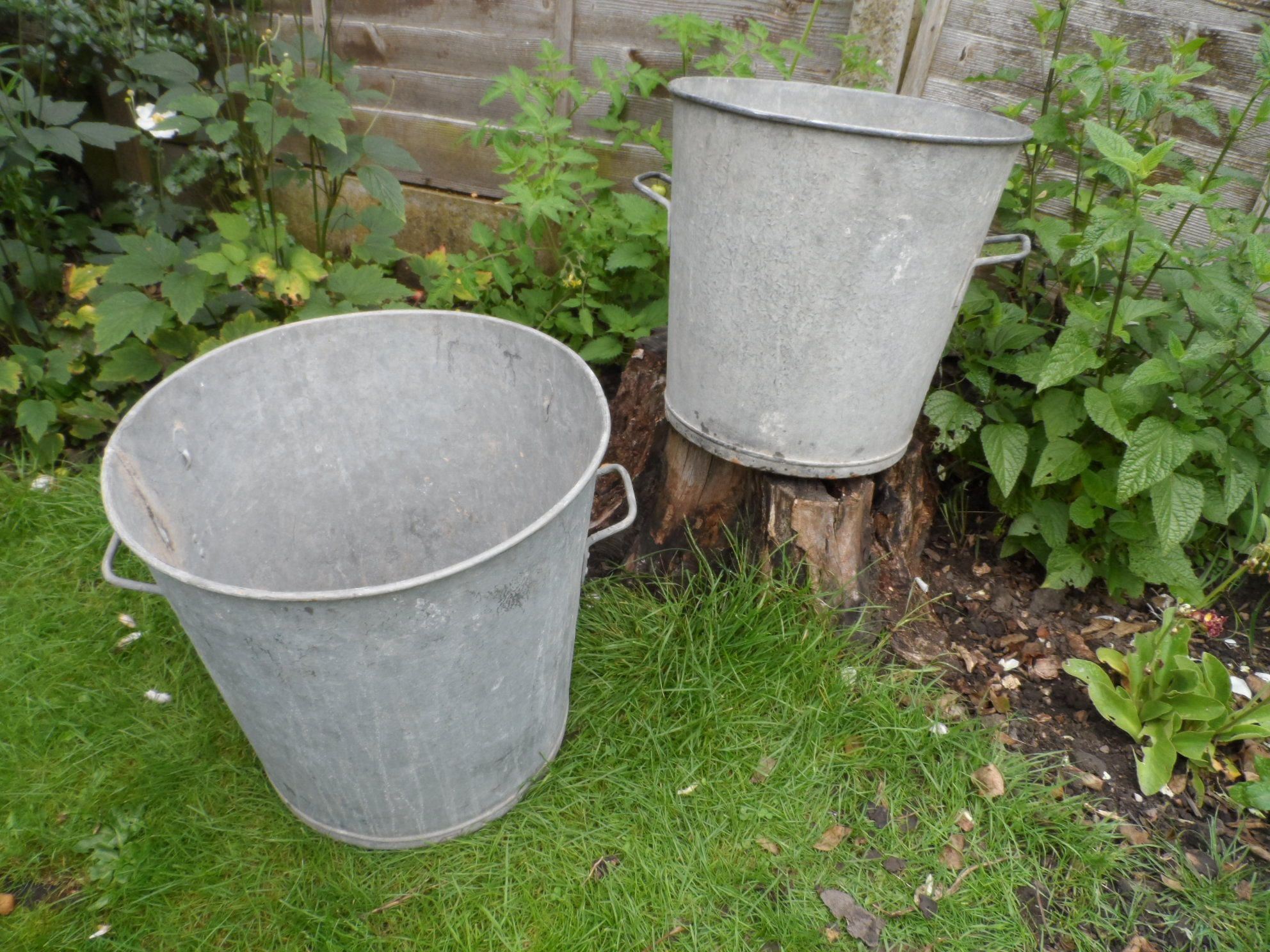Traditional Medium Sized Galvanised Steel Wash Tub Great As An Unusual  Garden Planter Dolly Tub Style Container. French In Origin