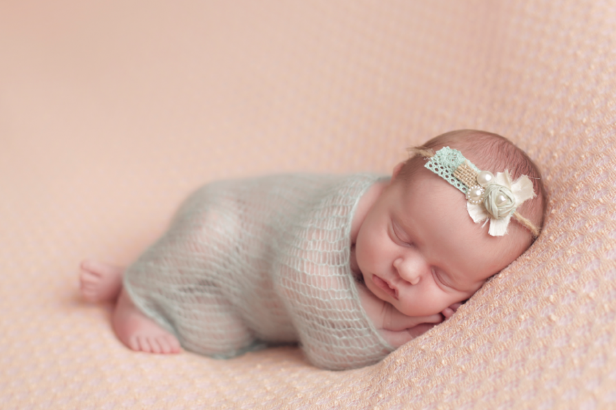 Newborn baby photo shoot wigan baby boutique photography newborn