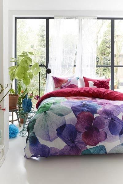 Leuk en vrolijk, maar misschien iets te vrouwelijk voor jou ;) | Dekbedovertrek Maya Multi , 100% katoen satijn | Bedding House