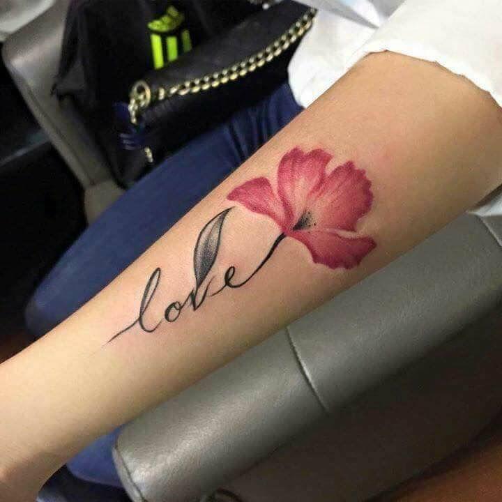 Pin De Duc En Nữ Tatuajes De Flores Tatuajes Discretos Tatuaje De Rosa En La Mano