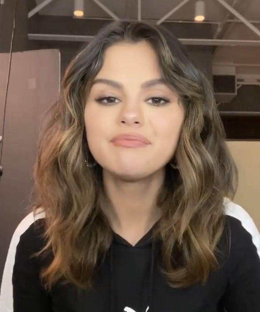 Selena Gomez In Puma January 2020 In 2020 Selena Gomez Hair Hairstyle Selena Gomez