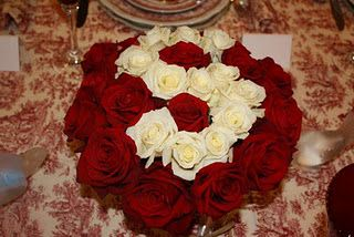Red And White Roses Arranged To Form The Letter S The Initial Of The Party Honoree Red And White Roses Rose Arrangements Red Toile