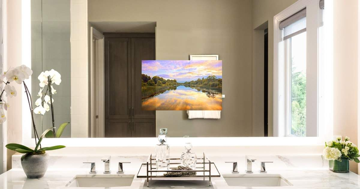 Perfect as a bathroom TV mirror above a vanity, in a dressing room - tv für badezimmer