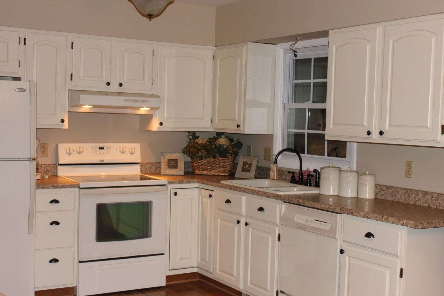 100 kitchen paint colors with cream cabinets custom kitchen
