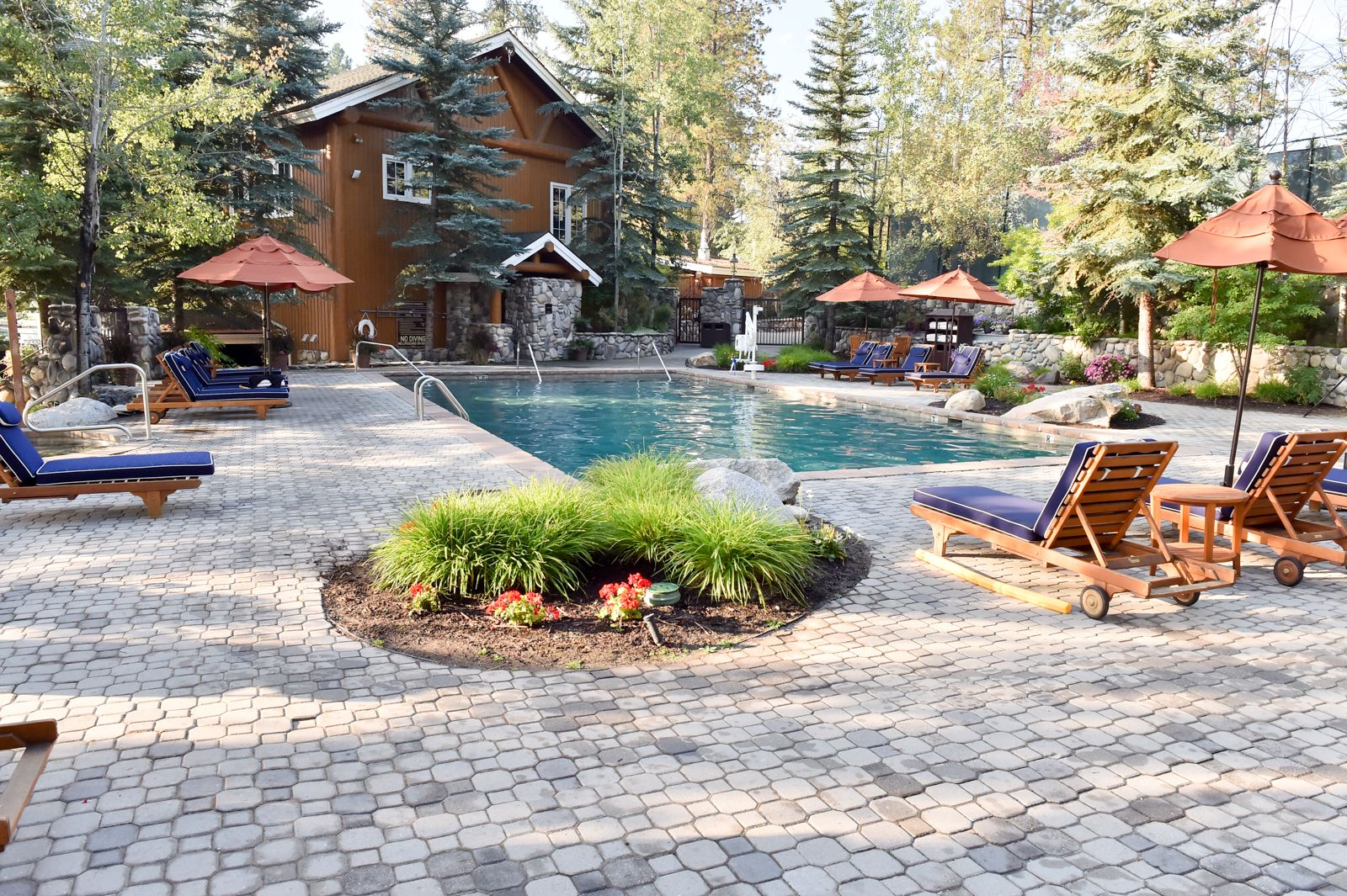 Outdoor Pool At Shore Lodge Lodges Shores