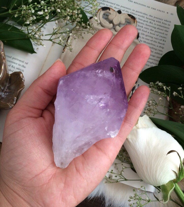 Large Standing Amethyst Point / Mineral Specimen/ Meditation tool / Gemstone Display by ArieAria on Etsy https://www.etsy.com/listing/232216319/large-standing-amethyst-point-mineral