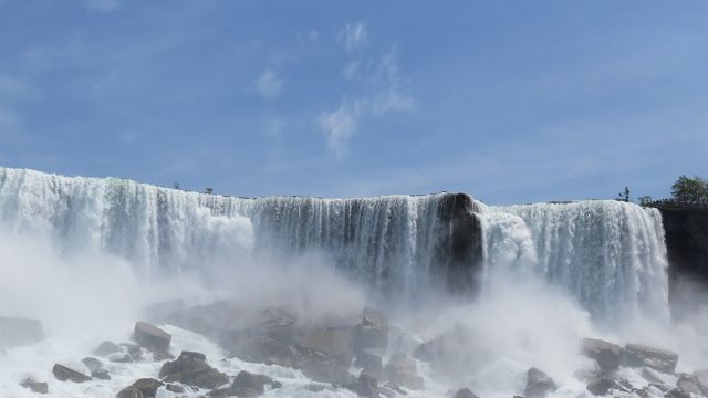 Unveil the World: The Niagara- Because no word can describe it any b...