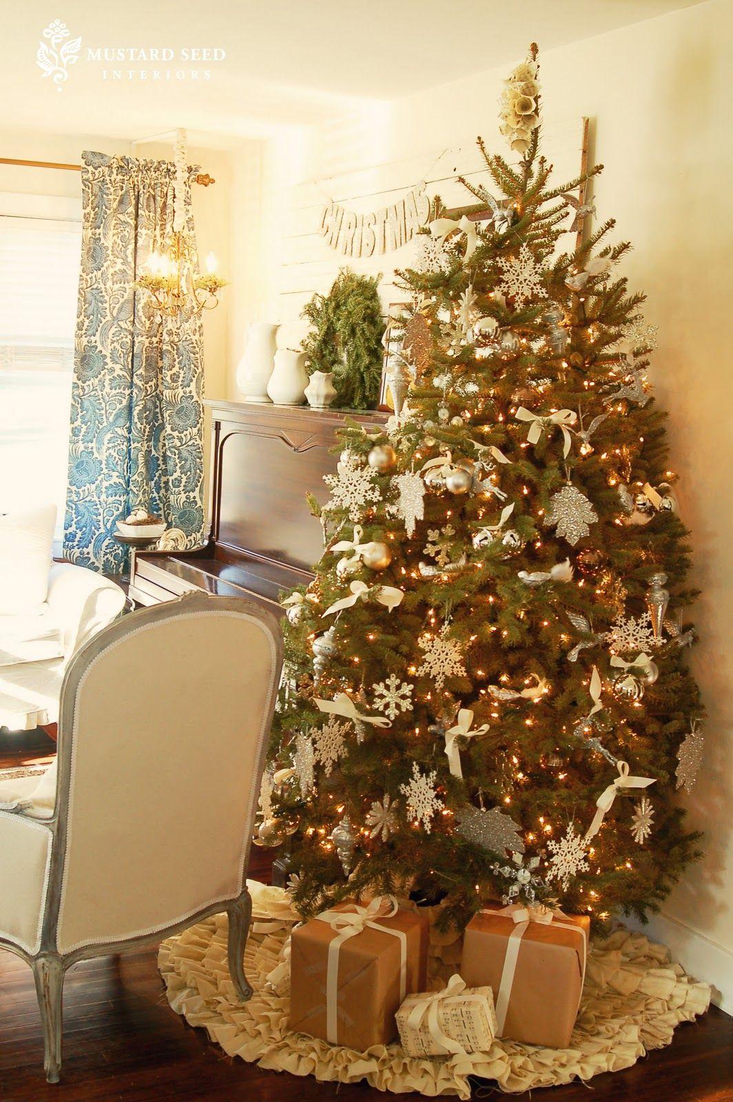 Christmas  Halloween - Miss Mustard Seed Decorating Ideas - halloween tree decoration