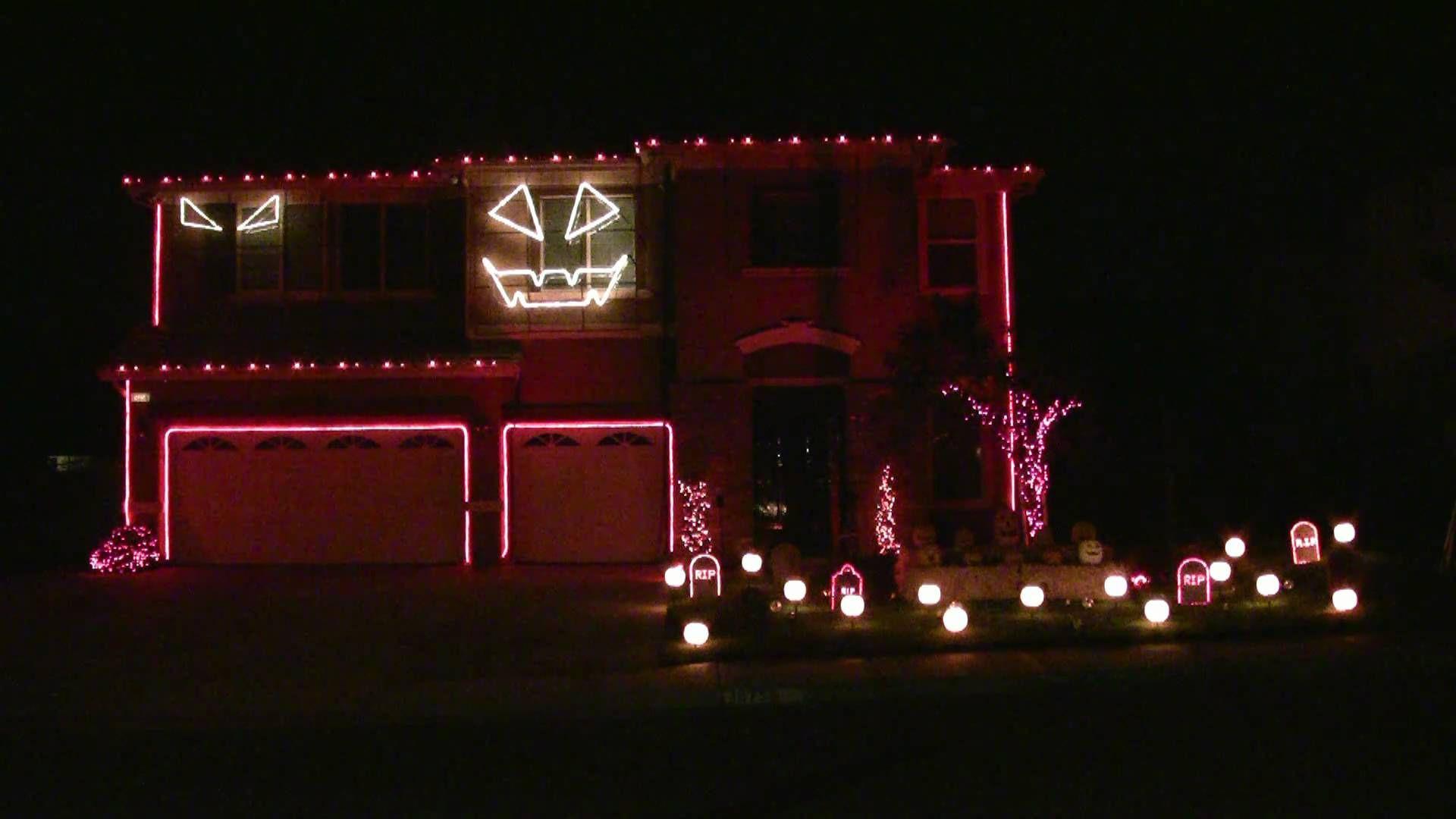 Halloween Light Show 2010 HD - Thriller ( #MichaelJackson ) BE SURE ...