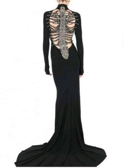 Stunning dress...